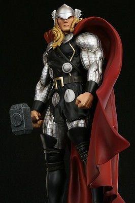 Bowen THOR MODERN Statue 126/2000 SIGNED  Marvel Avengers Thor Iron Man