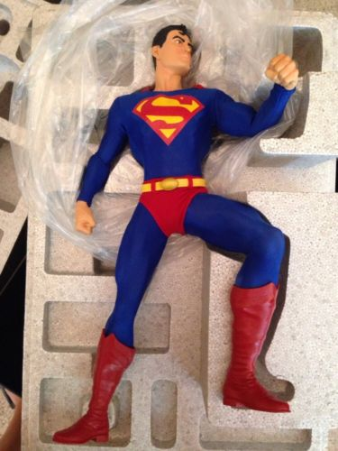 Superman 1:4 Scale Museum Quality Statue DC Direct Gallery 0737/1000