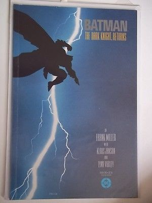 BATMAN;THE DARK KNIGHT RETURNS. BOOK 1 [1986]TPB [3rd PRINT] DC-FRANK MILLER...