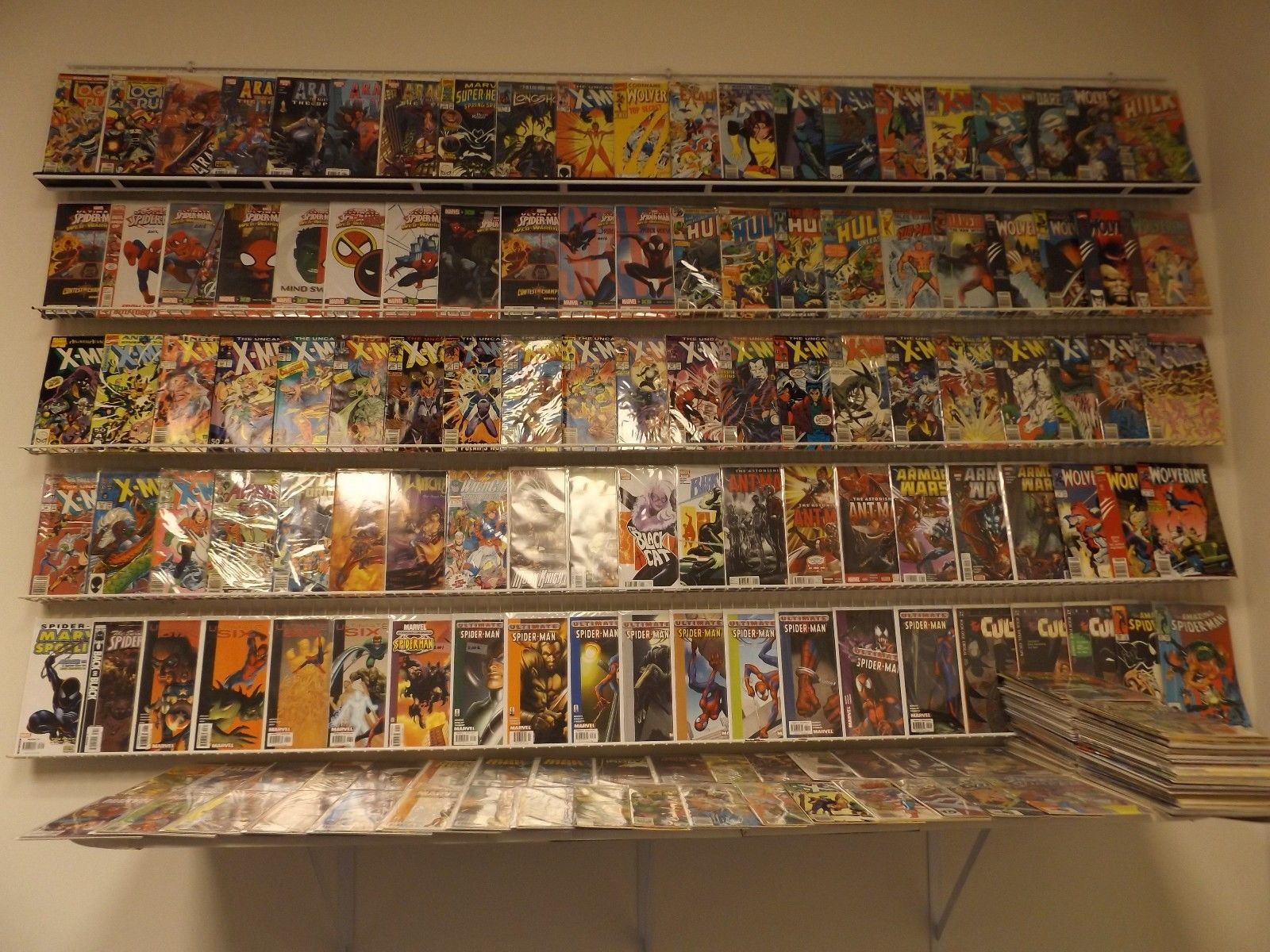 Huge Lot of 300 Comics W/X-Men, Spider-Man, Ant-man, Iron Man+MORE Avg Fine-