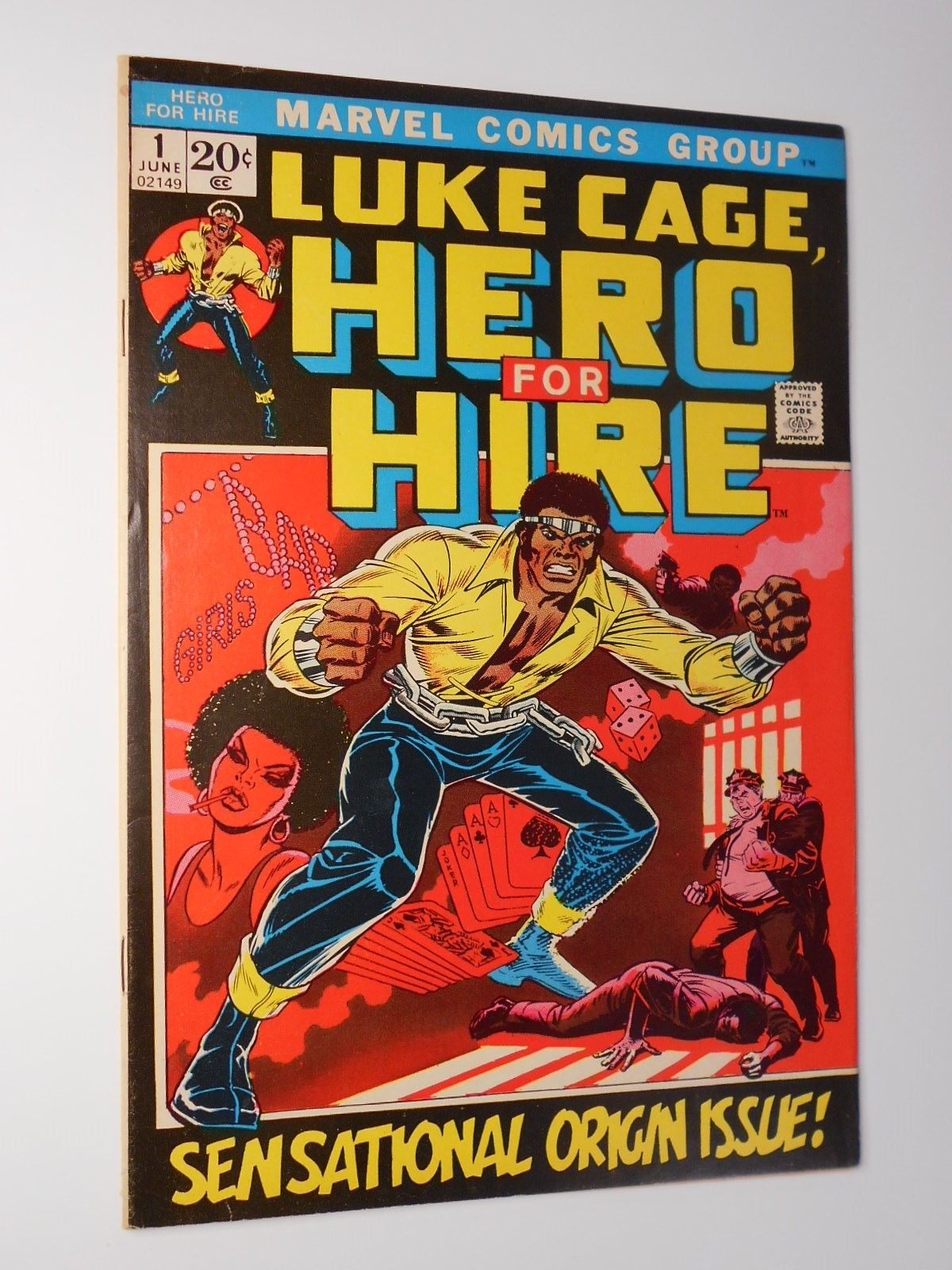 LUKE CAGE, HERO FOR HIRE 1 (Marvel 1972 KEY Issue) Power Man Origin  Many Photos