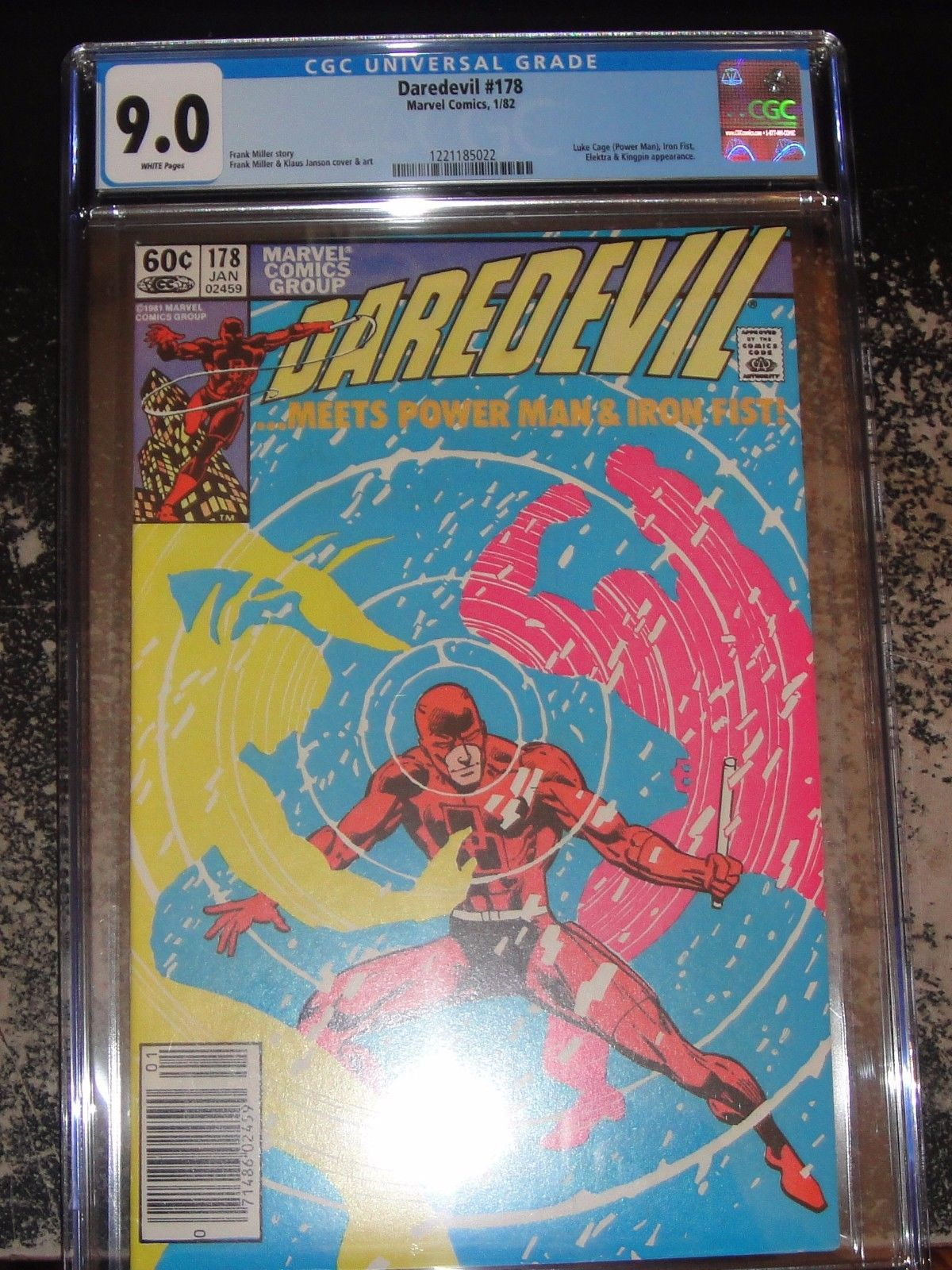 Daredevil #178 CGC 9.0 (Marvel 1/82) WHITE Pages Luke Cage & Iron Fist KEY ISSUE