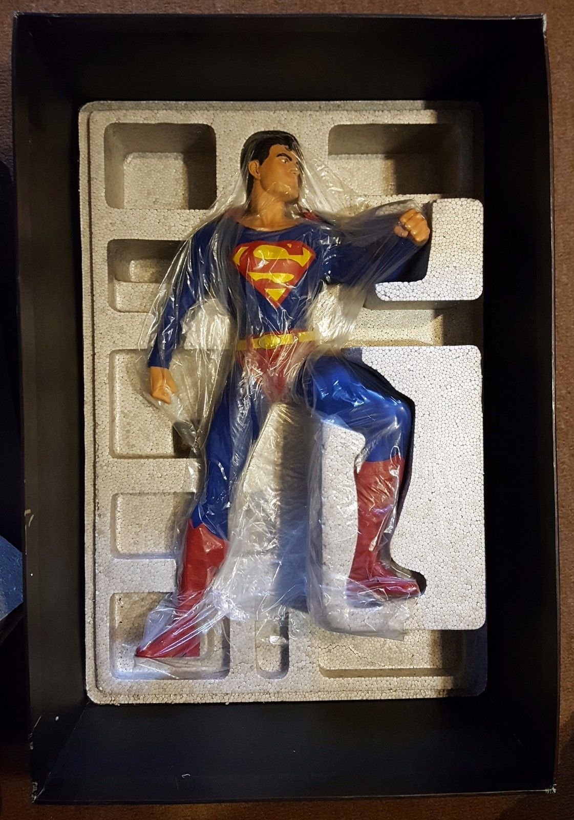 DC Direct DC Comics Gallery SUPERMAN 1:4 Scale Museum Quality Statue