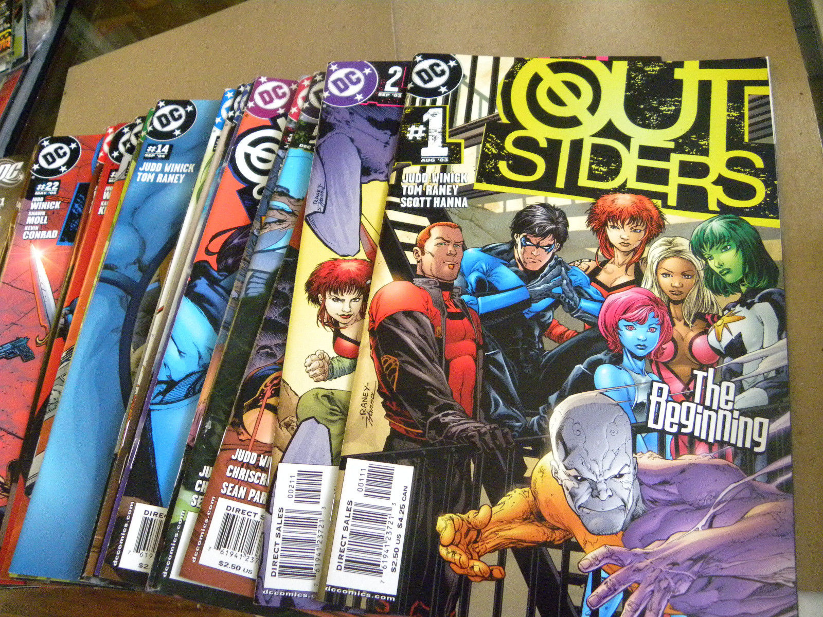 DC 2003 44 of 50 issues THE OUTSIDERS #1 to #50 + 1st 3 BATMAN AND reg $140 ga