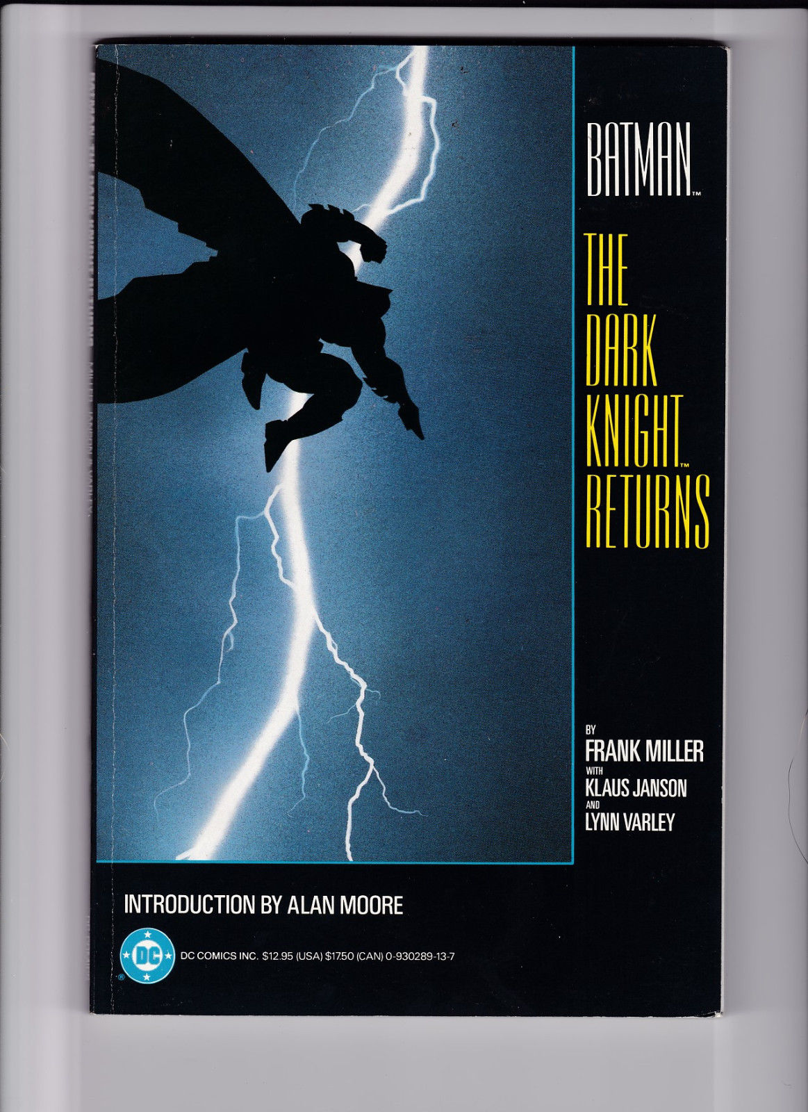 BATMAN THE DARK KNIGHT RETURNS TPB ==  NM 1ST PRINT FRANK MILLER 1986