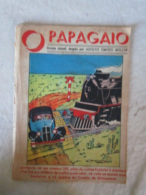 portuguese magazine   with tintin on cover  O PAPAGAIO  YEAR