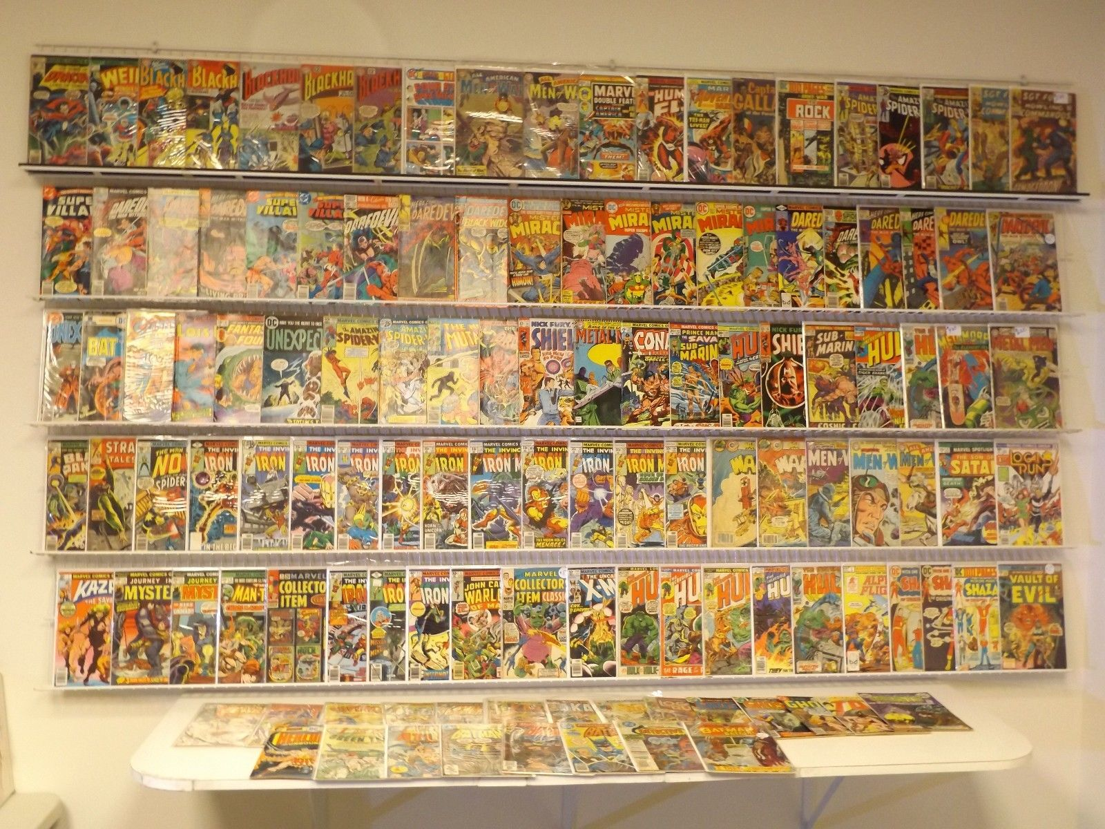 Lot of 120+ Silver/Bronze comics w/ Daredevil, Iron Man, Hulk & more