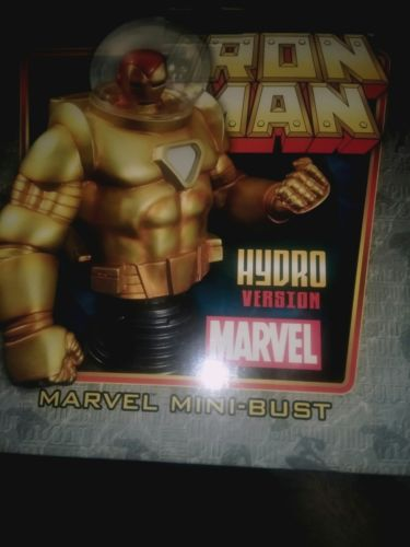 Bowen Designs - Iron Man Hydro Armor Bust - #126/550