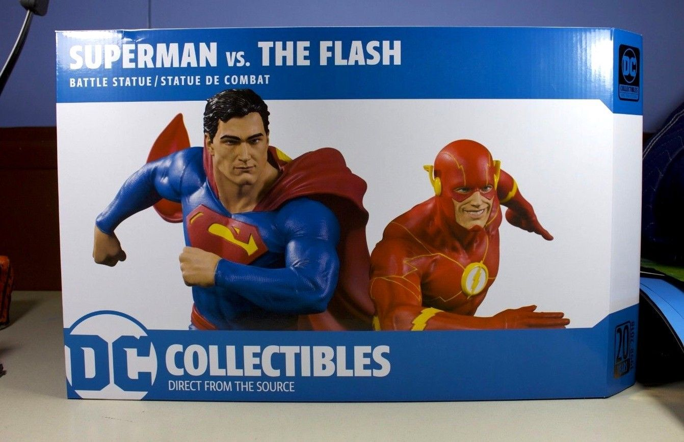 DC Collectibles DC Gallery: Superman Vs. the Flash Racing Statue AP22 of 5000