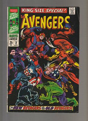 Avengers Annual # 2  New Avengers vs the Old Avengers   grade 6.0 scarce book