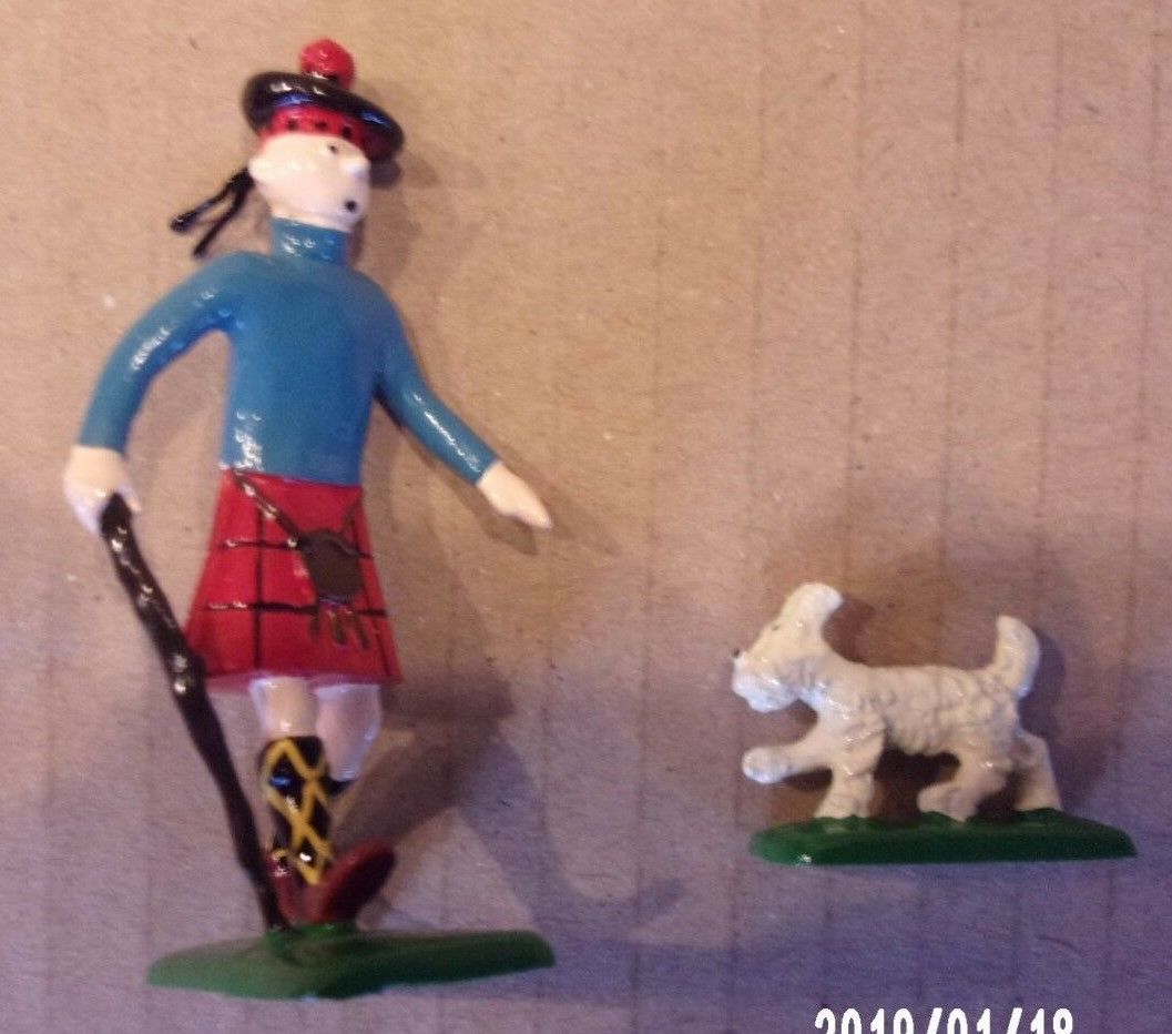 Hergé - Tintin en Ecossais avec Milou - L'ile noire - Pixi 2 N°262/4511