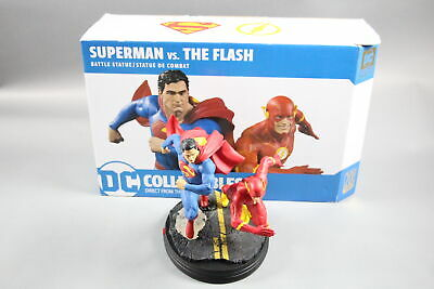 DC Collectibles Gallery Superman vs. The Flash Racing Statue 0197/5000