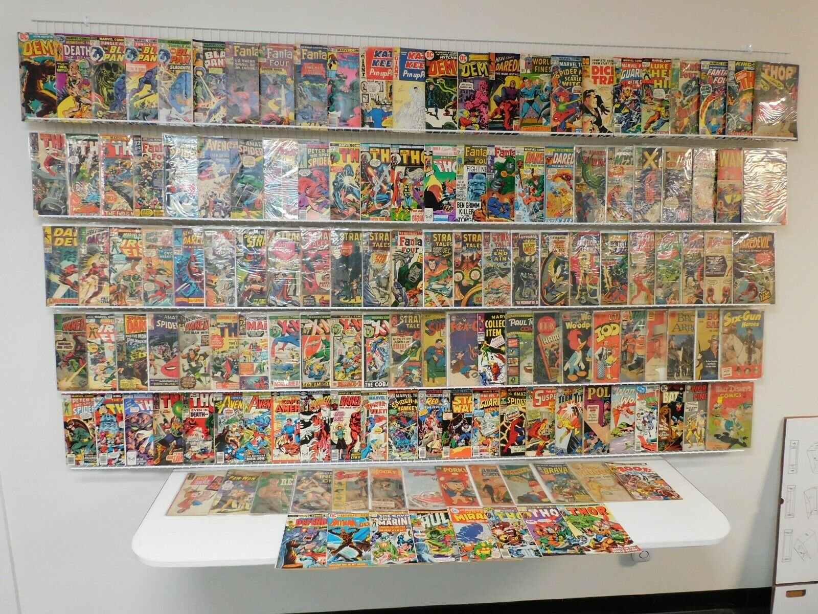 Huge Lot 120 Silver/Bronze Comics W/ Hulk, Iron man, Thor, Silver Surfer+MORE