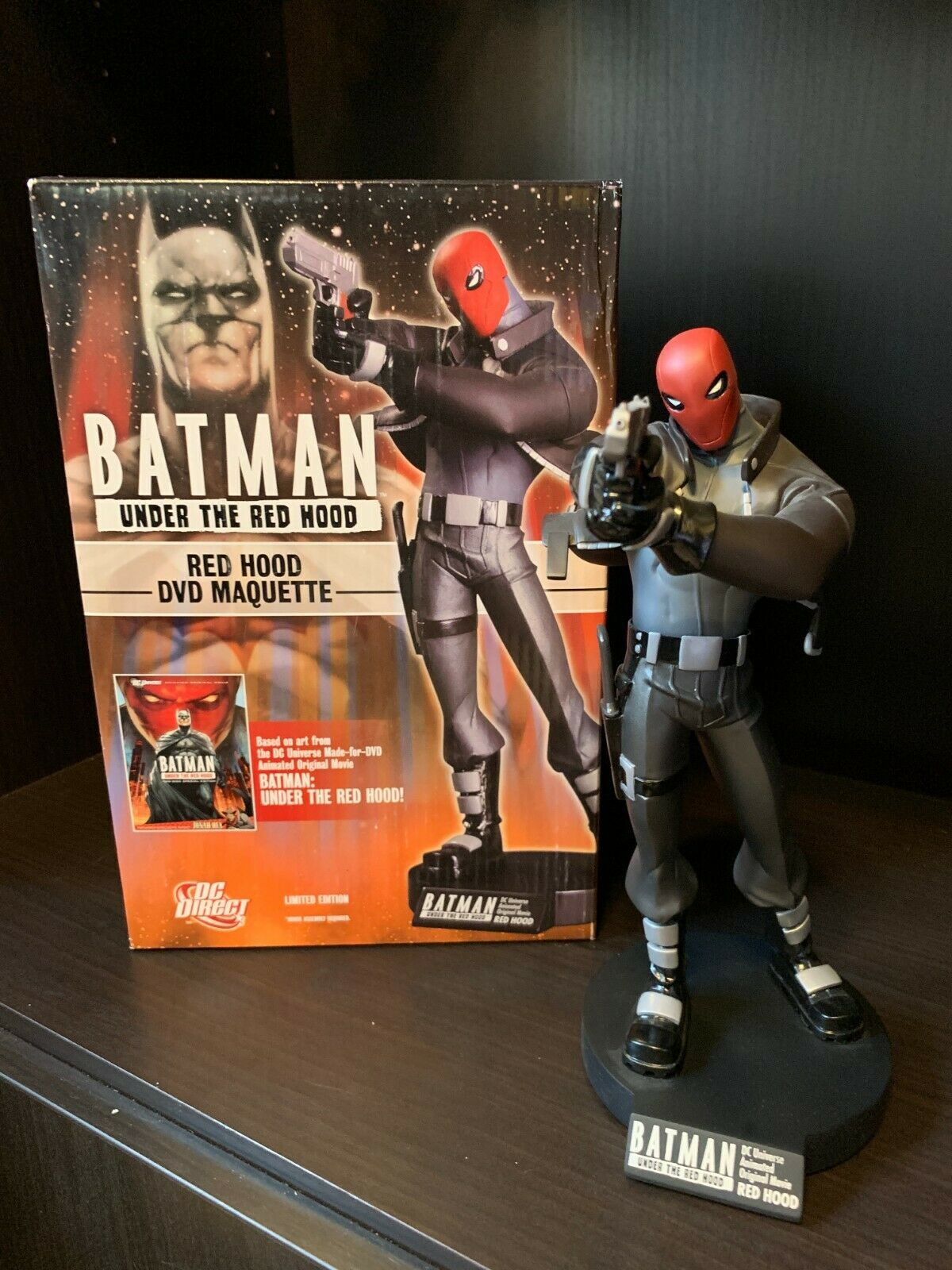 "DC Direct ""Batman: Under the Red Hood"" DVD Maquette of Red Hood statue 120/1000"